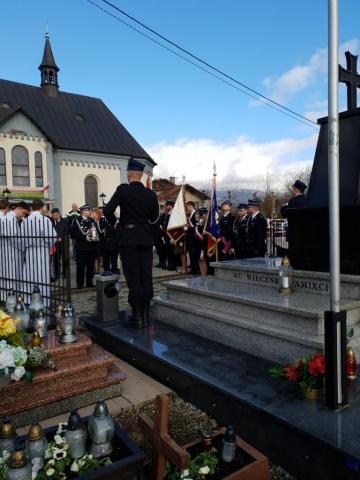 Uroczystości przy pomniku ofiar drugiej wojny światowej