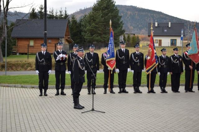 Poczet flagowy i poczty sztandarowe OSP Godziszka, Rybarzowice, Szczyrk