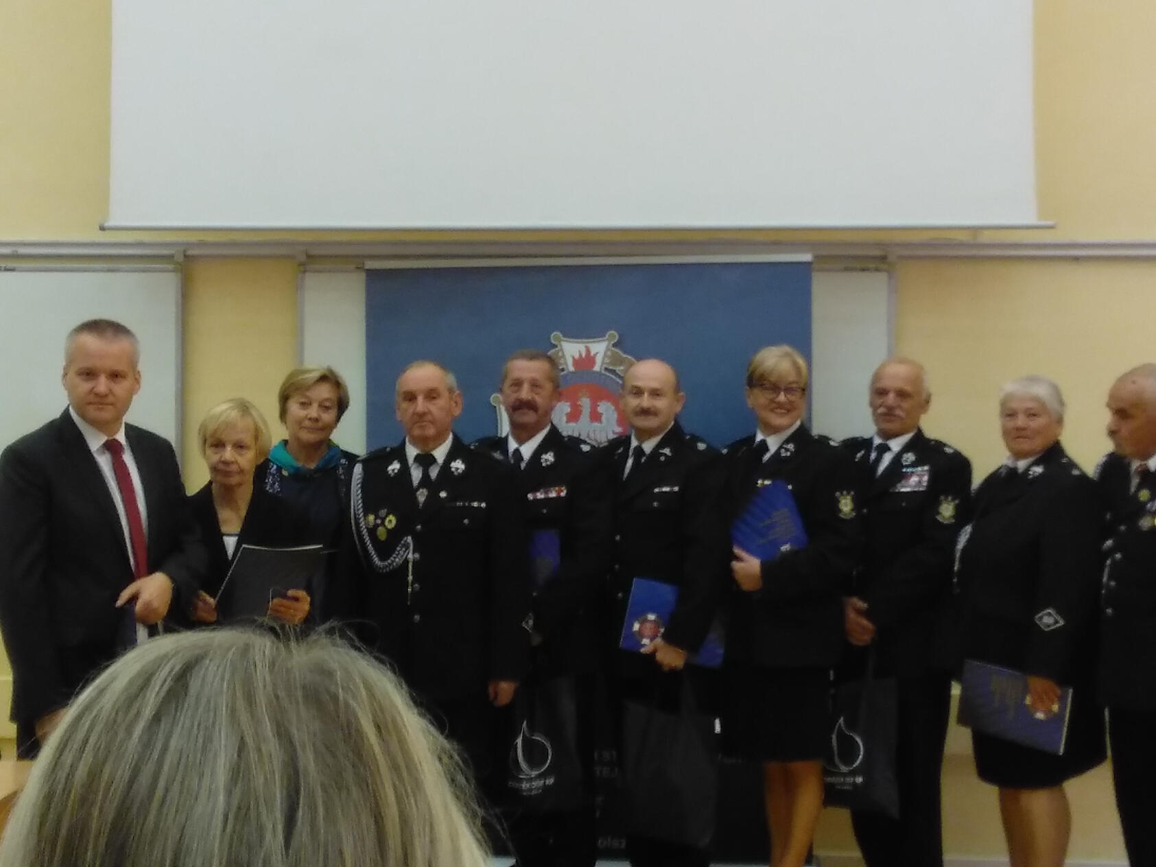 Zdjęcie wszystkich wyróżnionych uczestników konkursu