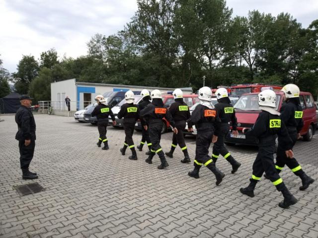 Marsz strażaków