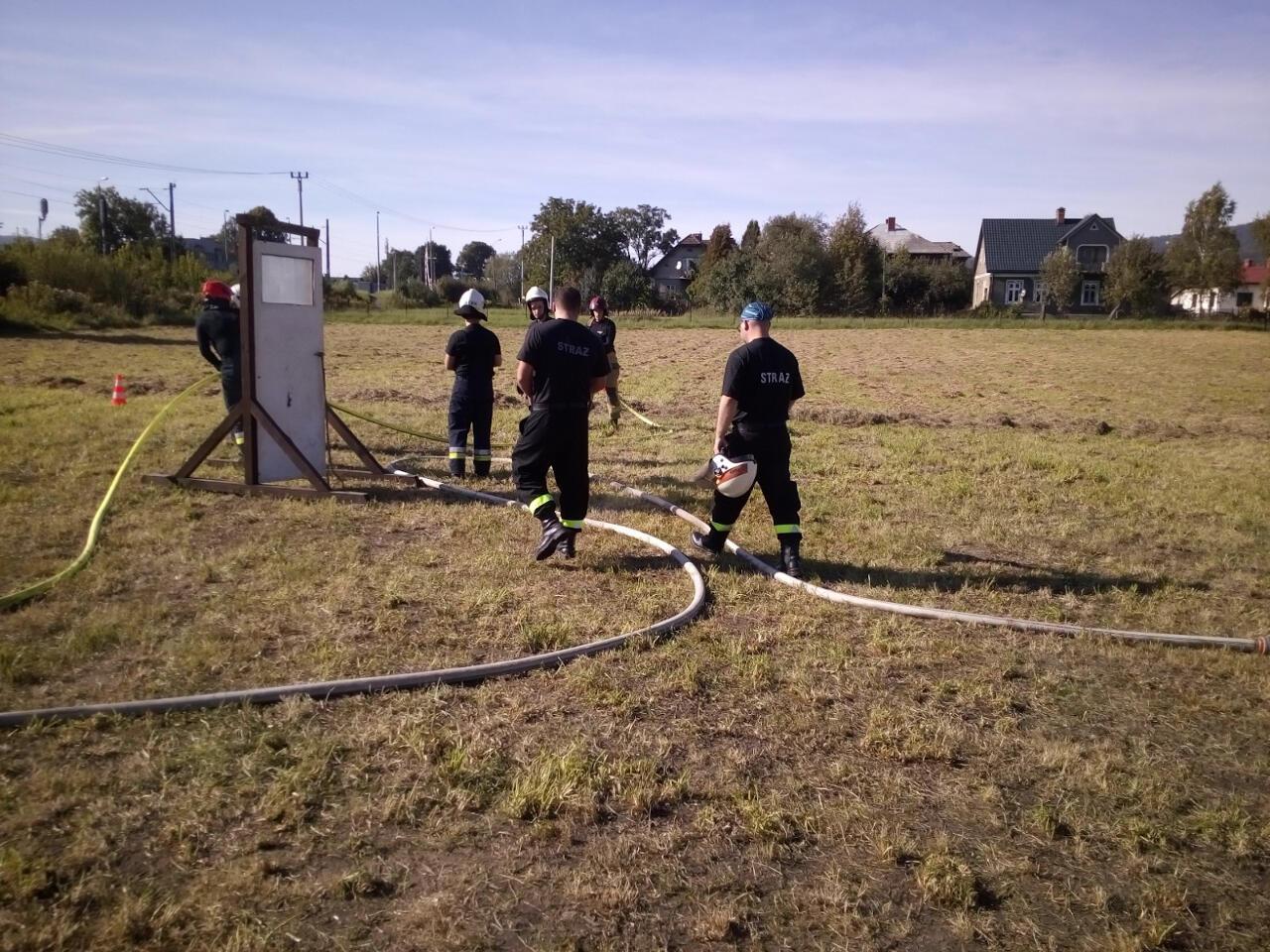 Strażacy przygotowują się do ćwiczeń