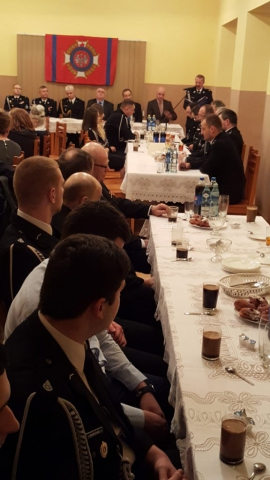 Walne zebranie - zdjęcie wykonano w trakcie przemowy Prezesa OSP Rybarzowice