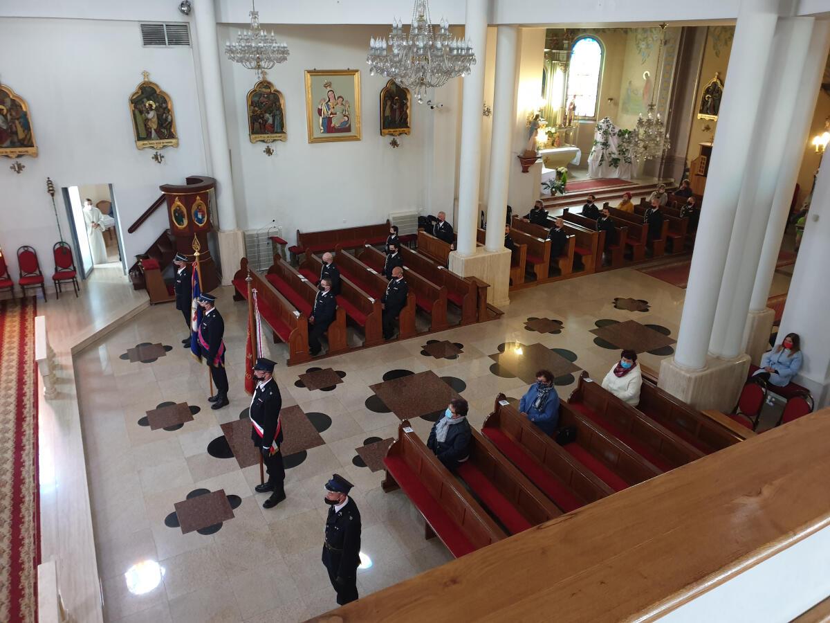 Dzień Strażaka - Uroczystość w kościele zdjęcie nr 3